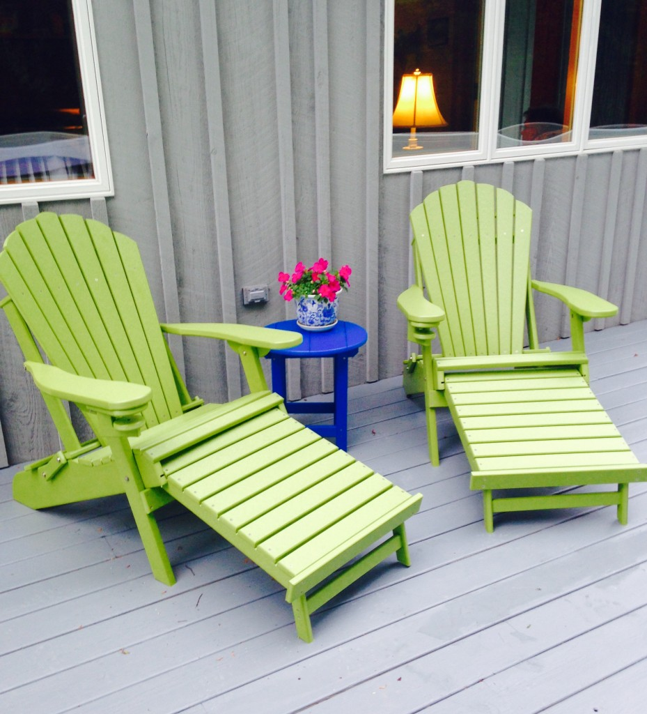 Adirondack Chairs with Endtable