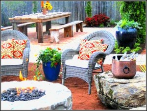 Outdoor-patio-image-for-ADK-blog-plants