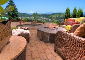 Outdoor-patio-image-for-ADK-blog-warm-things-up