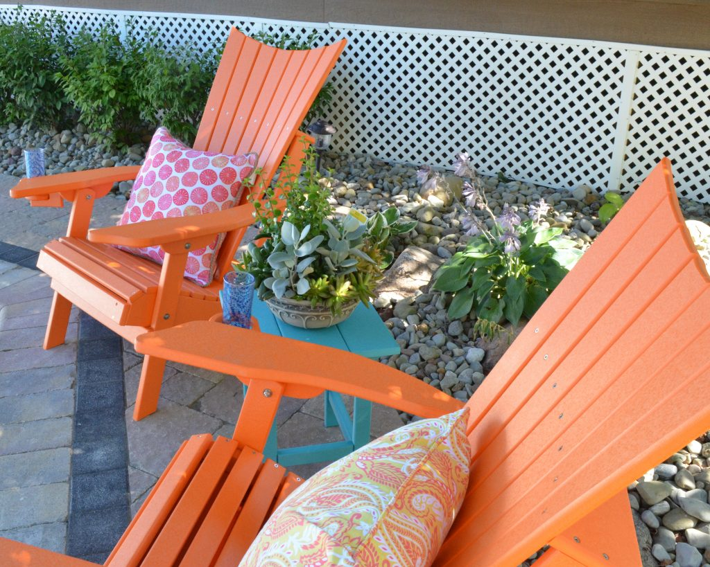 Captain's Chairs with Outer Banks Side Table